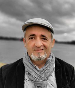 Patrick Estrade, Coach de vie à Lyon
